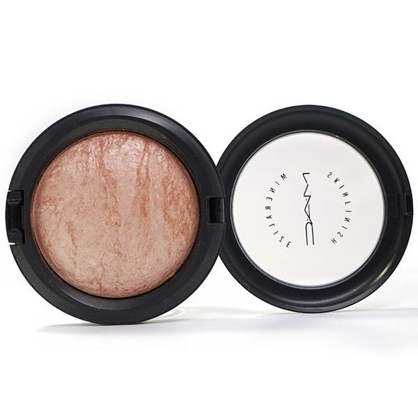 M·A·C Mineralize Skinfinish Highlighter Image
